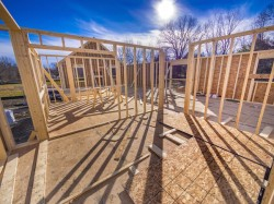 how to get a construction loan to build a house